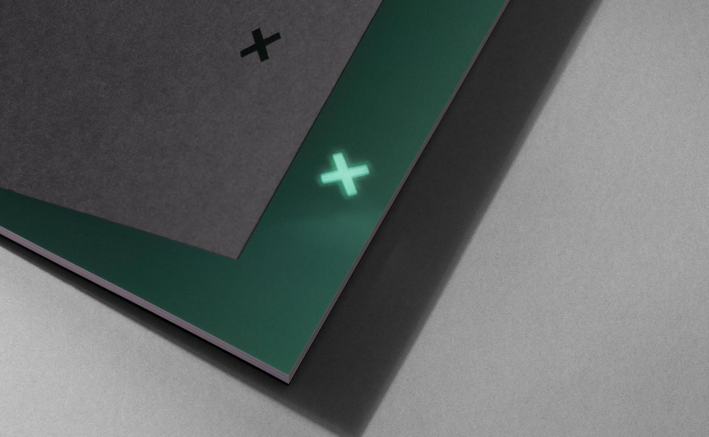 oxygen-brochure-design-detail