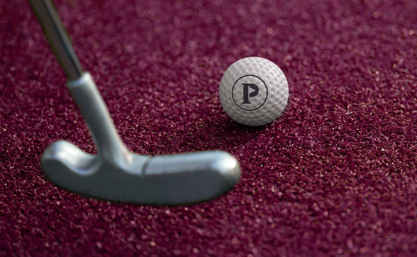 puttshack-branded-minigolf-ball